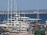 """Luxus Motoryacht """"MOGAMBO"""" Chareterpreis 550.000€ pro Woche"""