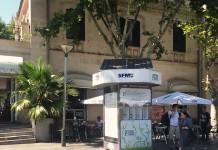 Handy Ladestation für alle am Placa España in Palma de Mallorac direkt bei der Metro